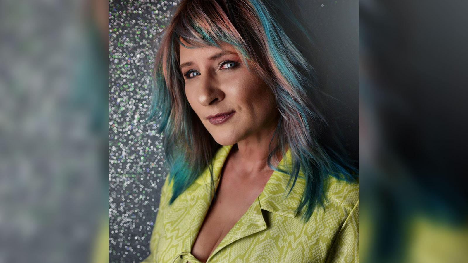 Stylist Spotlight: Jola De Legge, De Legge European Studio