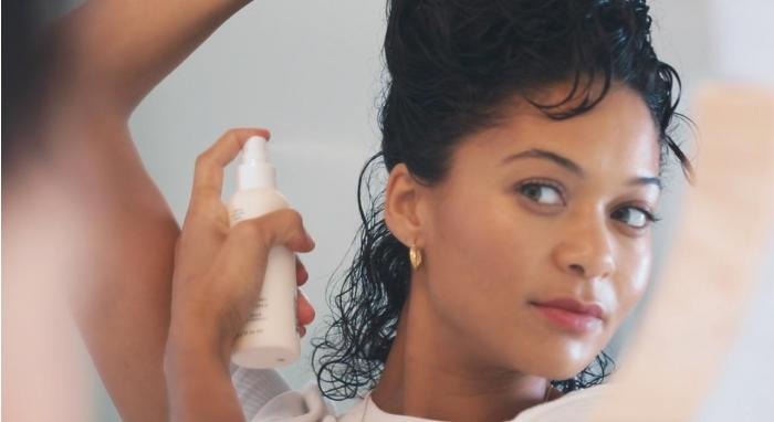 How To Add Body and Volume to Natural Curls with Volumizing Primer