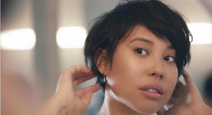 How To Style Short Hair with Texturizing Spray