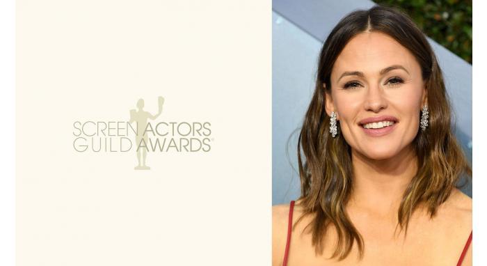 2020 SAG Awards: Jennifer Garner's Center Parted Loose Waves